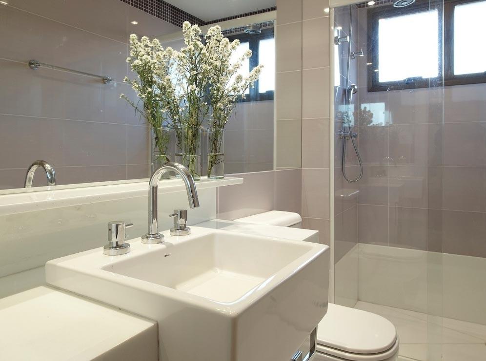 Banheiro planejado - Portas de vidro